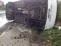 İŞÇİ SERVİSİ - Zonguldak'ta İşçi Servisi Devrildi Açıklaması 9 Yaralı