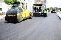 ENGELLİ RAMPASI - Ağustos'ta 42 Sokakta 8 Bin Ton Asfalt Atıldı