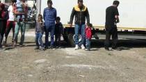 Balıkesir'de 28 Düzensiz Göçmen Yakalandı