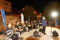 ÇEŞTEPE - Büyükşehirden Ortaklar'da Halk Konseri