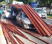 Demir Profiller Otomobilin Üzerine Düştü