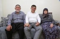 MEHMET YIĞIT - Fadıloğlu'nun Ziyareti Yaşlı Çifti Mutlu Etti
