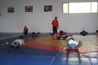 Genç Bayanlar Güreş Milli Takımı Dünya Şampiyonasına Hazırlanıyor
