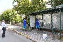 Isparta Belediyesi'nden  Durak Temizliği