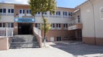NURI CAN - Mehmetçik'ten Okullarda Tadilat Ve Çevre Düzenlemesi