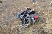 Motosikletle Otomobil Çarpıştı Açıklaması 1 Ölü