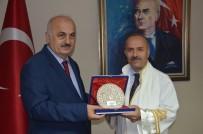DEVİR TESLİM - Prof Dr. Emin Aşıkkutlu, Trabzon Üniversitesi Rektörlüğü Görevini Teslim Aldı
