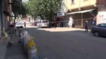 ACIL SERVIS - Siverek'te Komşu İki Aile Arasında Kavga Açıklaması 1 Ölü, 2 Yaralı