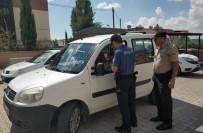 Tut İlçesinde Polis Emniyet Kemeri Uygulaması Yaptı