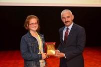14 Yaşındaki Katılımcı Sempozyum Da İlgi Odağı Oldu