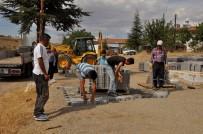 Arguvan'da Yol Çalışmaları Sürüyor
