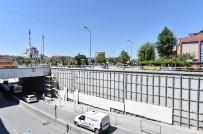 ŞEKER FABRİKASI - Başkent'in Modern Ve Estetik Görüntüsünü Yenilemek Amacıyla Yaya Üst Geçitleri Turkuaza Boyanıyor