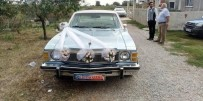 GELİN ARABASI - Belediye Başkanının Klasik Otomobili Gelin Arabası Oldu