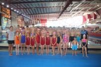 'Birlikte Bir Yıl 2018 Projesi'nde Çocuklara Yüzme Kursu Verildi