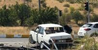 KIRMIZI IŞIK - Kırmızı Işık İhlali Ölüm Getirdi Açıklaması 2 Ölü, 3 Yaralı