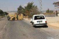 ÖZEL HAREKET - Suriyeli Sürücünün Kullandığı Otomobil Zırhlı Araca Çarptı Açıklaması 1'İ Polis 2 Yaralı