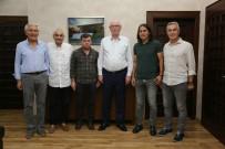 KAZıM KURT - Başkan Kurt, Eskişehirspor Altyapı Yöneticileri İle Birlikte