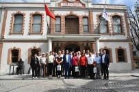 ASIMILASYON - Başkan Sarıkurt Rejim Mağduru Göçmen Soydaşları Ağırladı