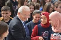 ÖZEL OKUL - Burs Almak İsteyen Üniversiteliler TOREV'e Koşuyor