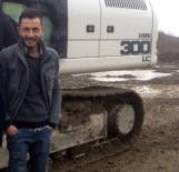 İŞ MAKİNESİ - Devrilen İş Makinesinin Altında Öldü