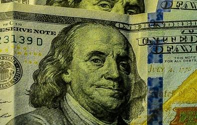 Dolar ve Euro faiz kararı sonrası sert düştü