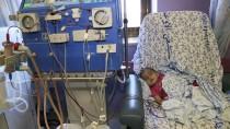 KANSER TEDAVİSİ - Filistinli Anneden ABD'ye Çağrı Açıklaması 'Çocuklarımızın Sağlığını Siyasete Alet Etmeyin'