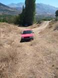 PARMAK İZİ - Firari Asker İle Arkadaşı Çaldıkları Otomobilin Lastikleri Patlayınca Yakalandı