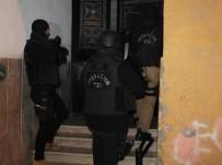 UYUŞTURUCU TİCARETİ - İstanbul'da 1 Örgüt Üyesi Ölü Ele Geçirildi