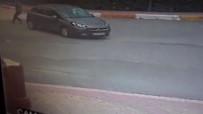 GENÇ KADIN - İstanbul'da Lüks Araca Silahlı Saldırı Kamerada