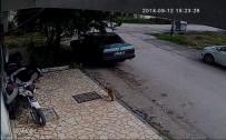 Motosiklet Çalan Hırsızlar Kaza Yapınca Yakalandı