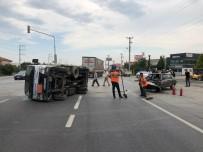 Otomobil İle Kamyonet Çarpıştı Açıklaması 2 Yaralı