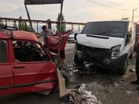 Para Nakil Aracı Otomobille Çarpıştı Açıklaması 3 Yaralı
