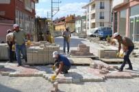 CAMİİ - Şuhut'ta Yollar Yenileniyor