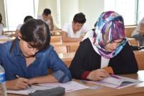 ESENYURT BELEDİYESİ - Üniversitenin Yolu Esenyurt Belediyesi'nin Hazırlık Kurslarından Geçiyor