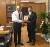 HASAN YAMAN - Başkan Bakıcı, Bursa Karayolları Bölge Müdürlüğünü Ziyaret Etti