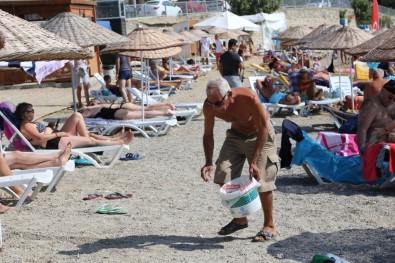 'Bodrum İçin 3 Dakika' Plaj Temizliği Devam Ediyor