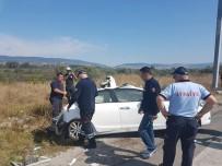 Bolu'da Kamyonla Otomobil Çarpıştı Açıklaması 2 Yaralı