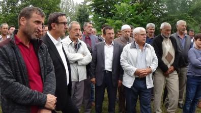 Bursa'da Balık Ölümleri Protesto Edildi