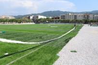 Davutlar Mahallesi Futbol Sahası Yenileniyor