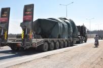 ASKERİ KONVOY - Hatay Sınırına Tank Sevkiyatı