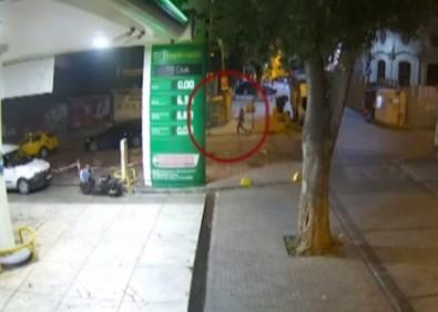 İstanbul'da Jammerli Hırsızlar Araçtan 30 Bin TL Lik Ziynet Eşyasını Böyle Çaldı