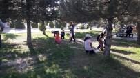 SOSYAL SORUMLULUK - Kardelen Koleji Öğrencileri Atık Madde Topladı