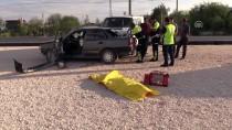 SELİM IŞIK - Konya'da Otomobil İle Minibüs Çarpıştı Açıklaması 2 Ölü, 3 Yaralı