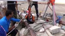 MEHMET YıLDıRıM - Kuyuda Mahsur Kalan Kişi Kurtarıldı