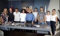 BOĞAZIÇI ÜNIVERSITESI - Öğrencilerden Başkan Karabağ'a Teşekkür Ziyareti