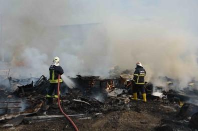 Ortaca'da Depo Yangını