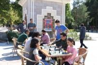 'Sokakta Satranç Var' Projesi Erzincan'da Başladı