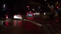 İŞ MAKİNESİ - Trabzon'da Şiddetli Yağış