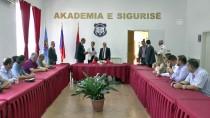 ARNAVUTLUK - Türk Polisinden Arnavutluk Polisine Eğitim