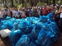 CANSIZ MANKEN - Ataşehir'de Dakikalar İçerisinde Tonlarca Çöp Toplandı